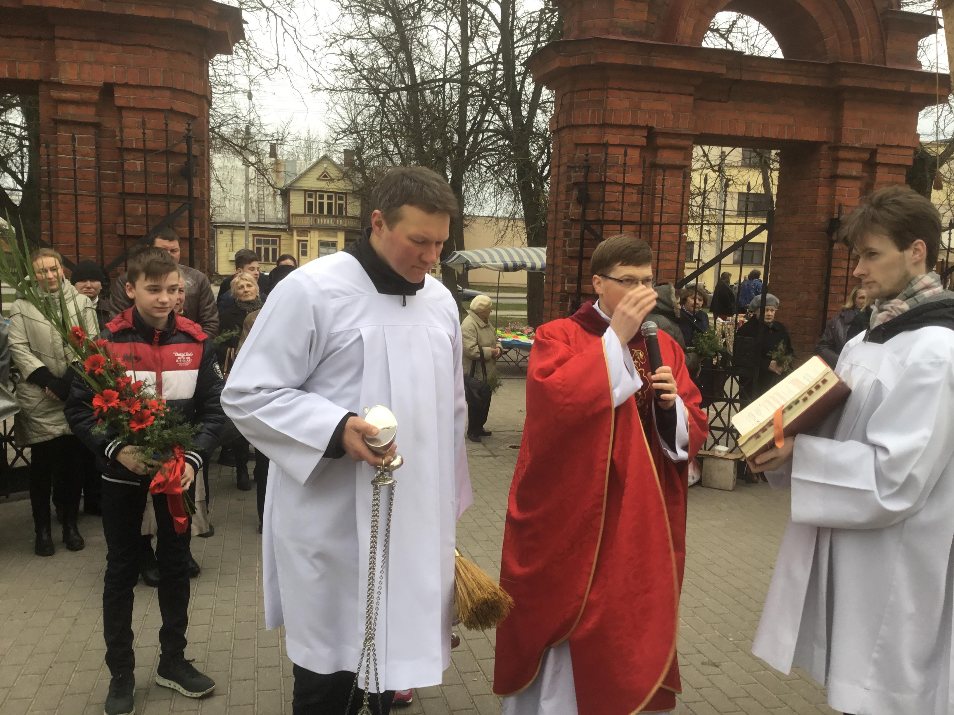 Panevėžio Šv. apaštalų Petro ir Povilo parapija