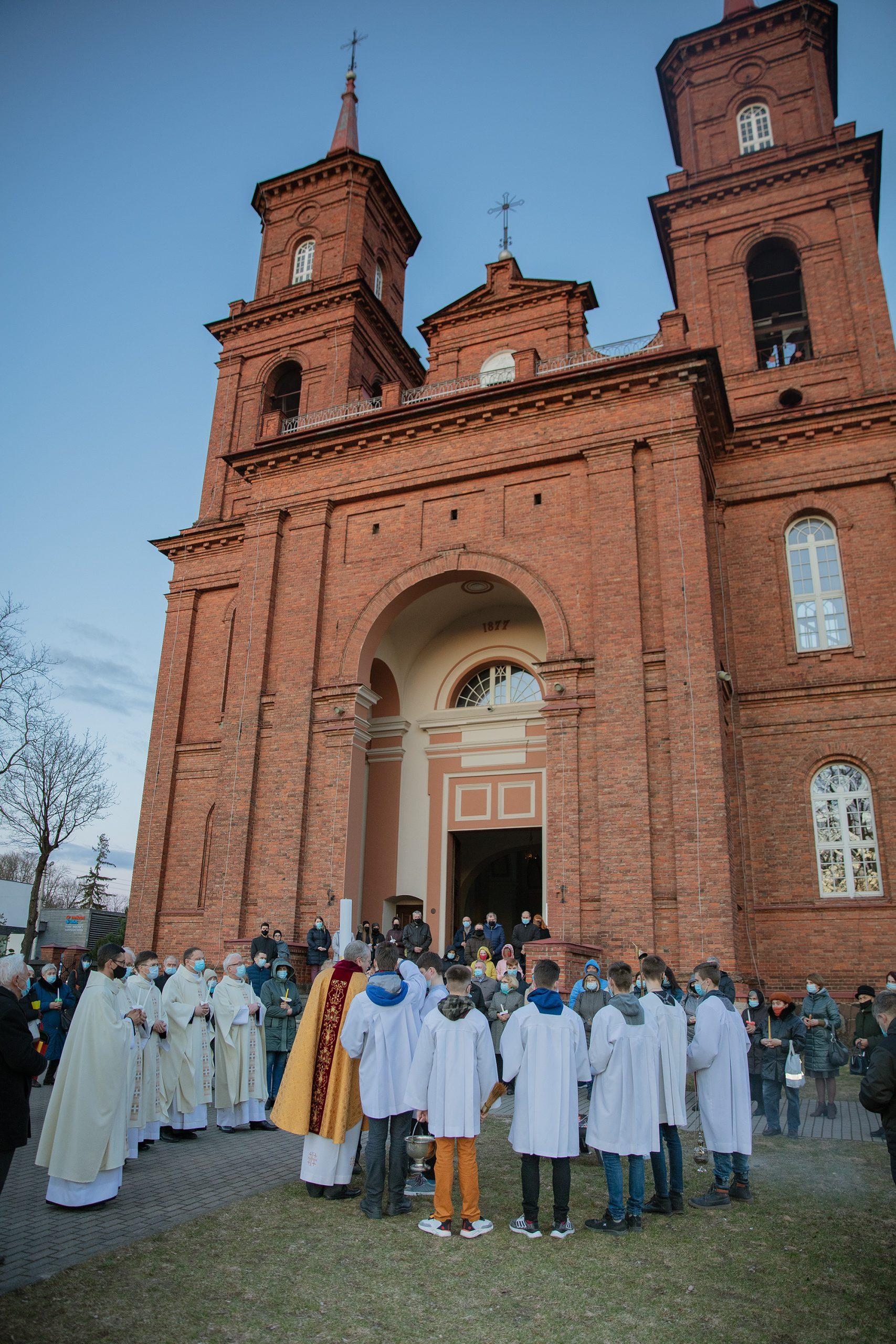 Petro Povilo bažnyčia Velyknaktis